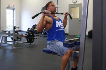 How to Use a Lateral Pulldown Machine