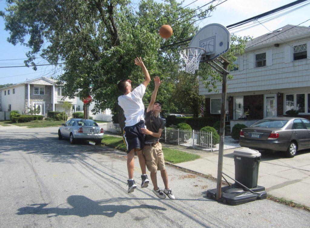 How To Choose Portable Basketball Hoop